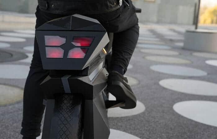 จักรยานยนต์ไฟฟ้า NERA จาก 3D Printer