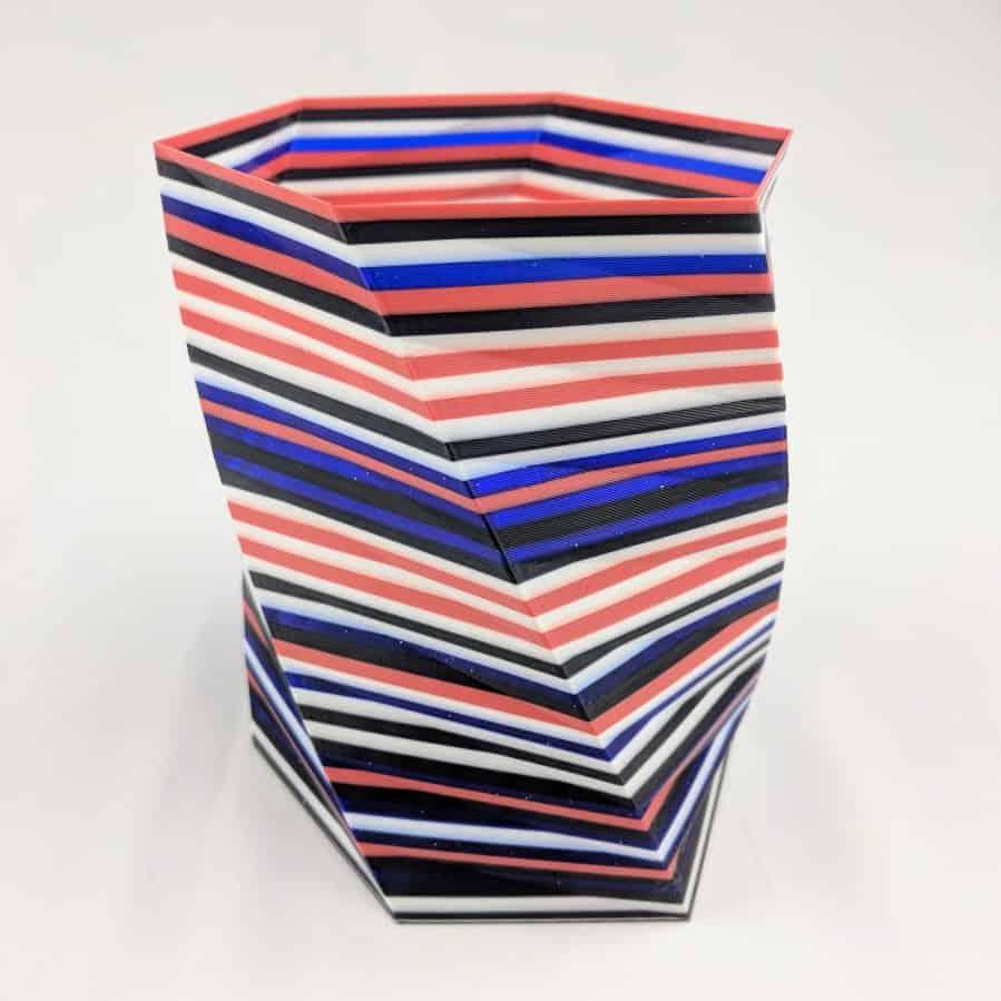 3D Printer Vase in 4 colors
