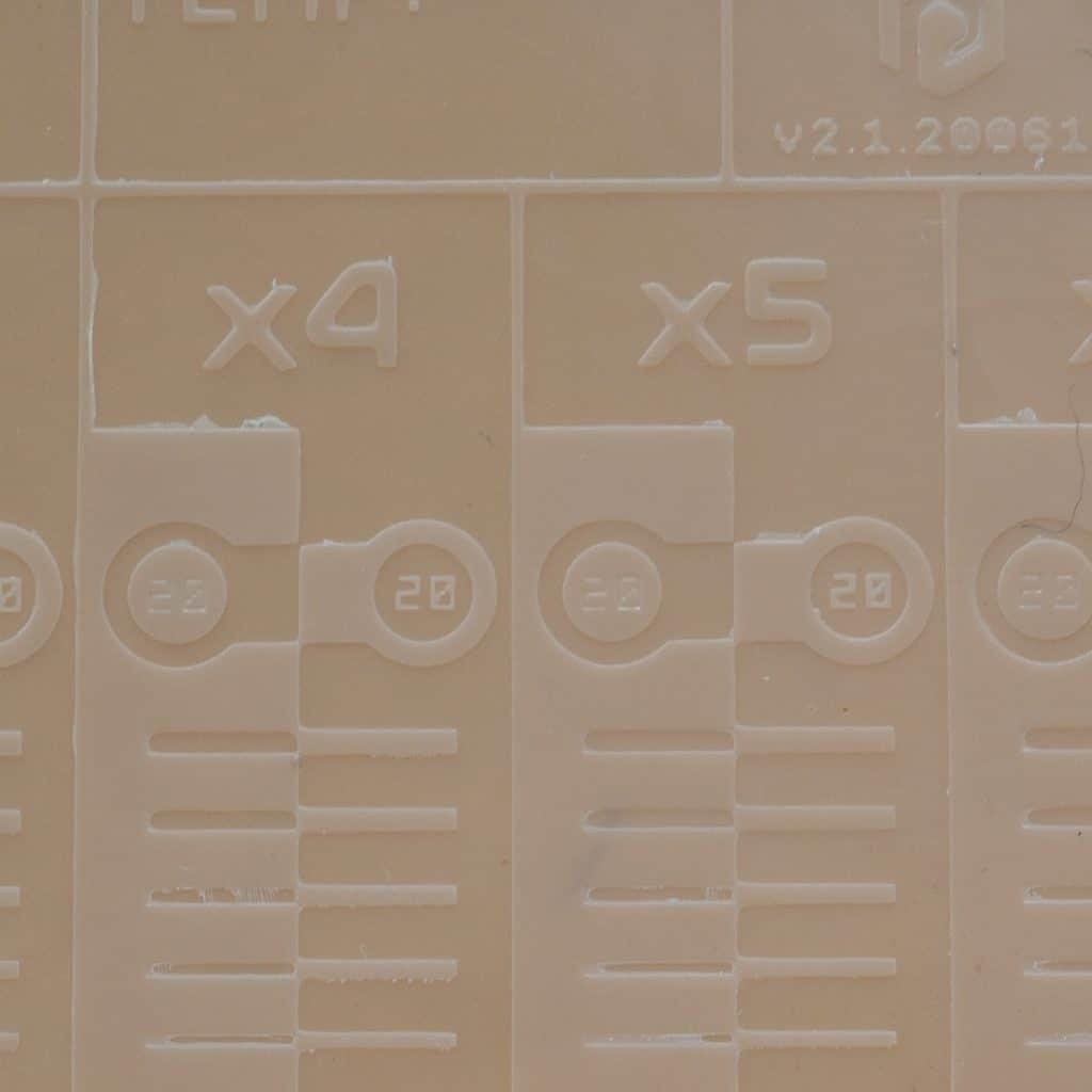 การหาค่าเวลาฉายแสงที่เหมาะสมในเครื่อง Phrozen Sonic Mini
